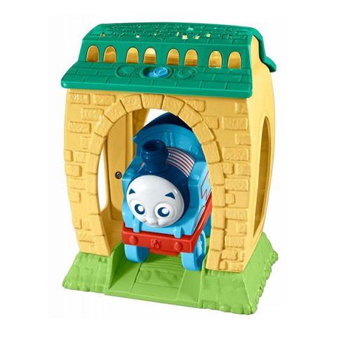 """Mattel Thomas & Friends FFX56 Томас и друзья Игровой набор с проекцией и звуками """"День и Ночь"""""""